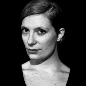 Julia Milz ist im Sommer 2018 Stipendiatin im Künstlerhaus im Schlossgarten in Cuxhaven